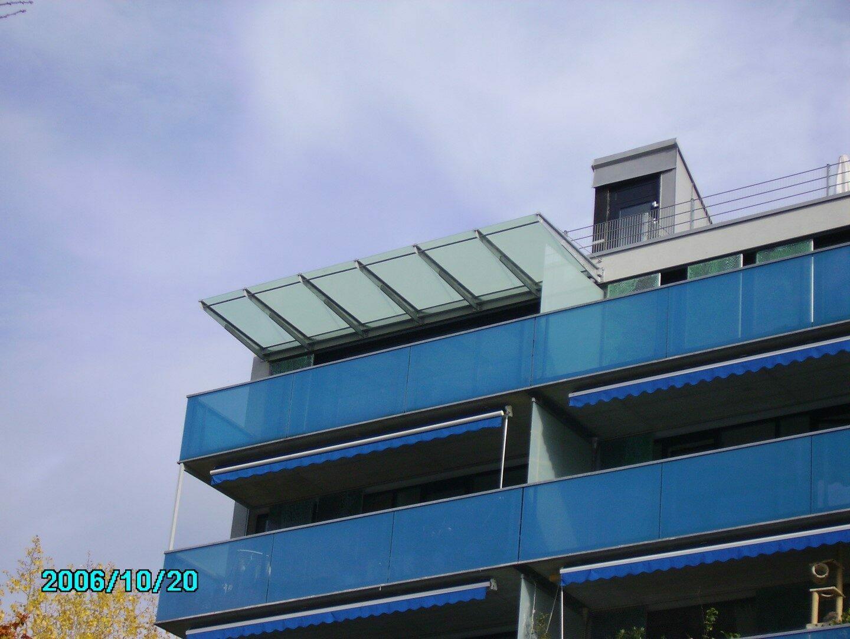 Vordach und Überdachung aus Glas
