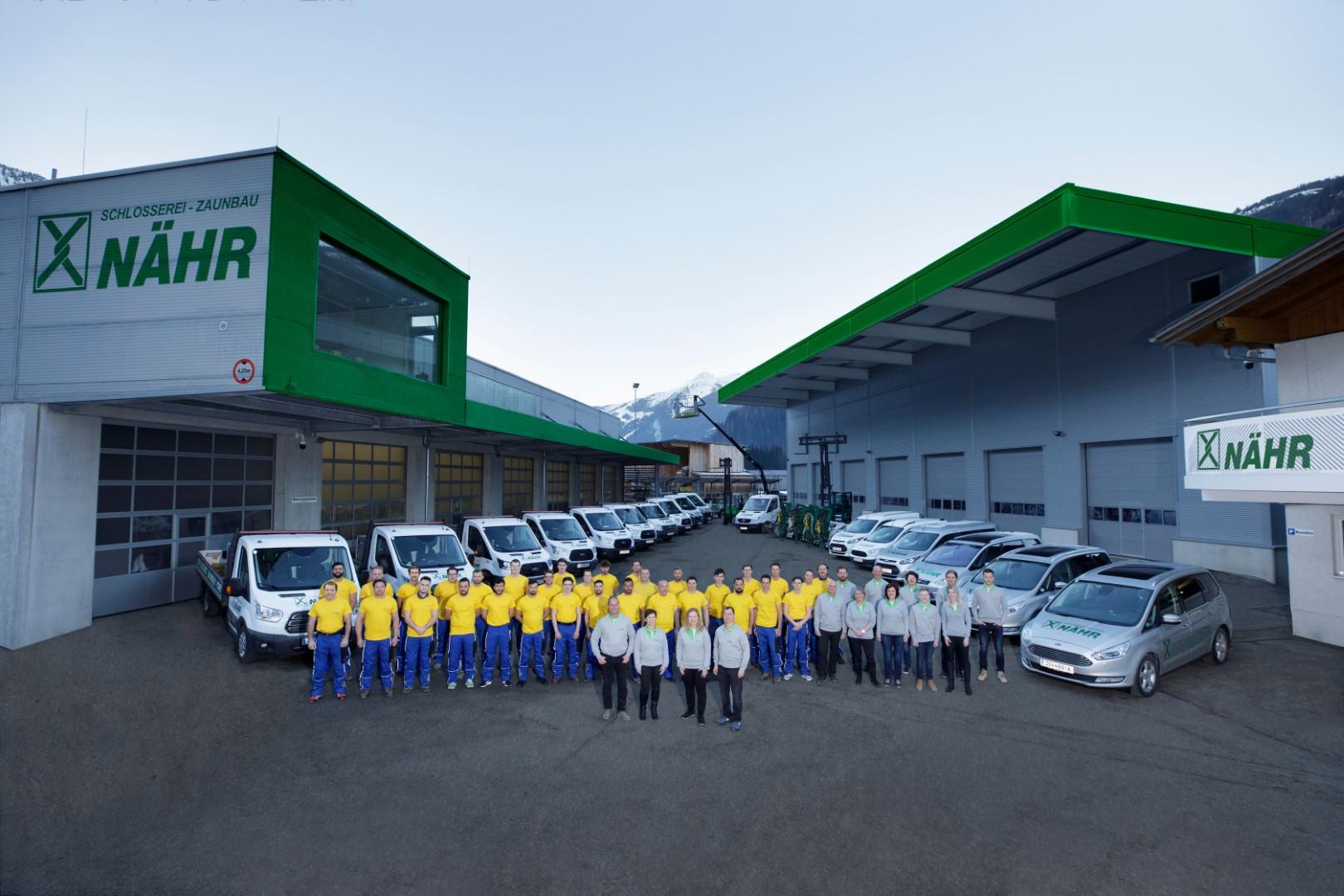 Das gesamte Schlosserei und Zaunbau Nähr Team in Gastein im Salzburger Land.