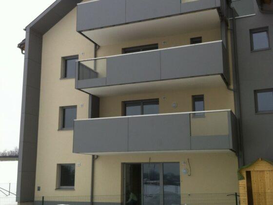 balkon-metall-naehr-schlosserei-oesterreich (16)Balkon aus Glas und Alucobond.